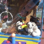 kid traped in claw machine